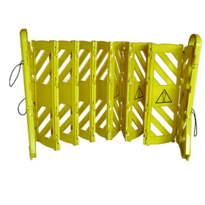 Plastic Expandable Barricade c/w Wheel